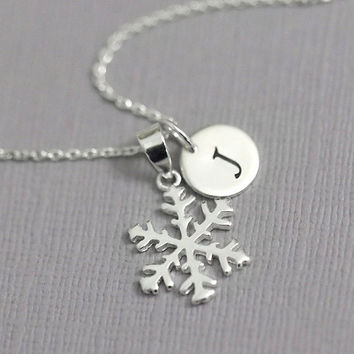 Personalized Snowflake Necklace, Winter Wedding Necklace, Gift for Her, Flower Girl Necklace, Bridesmaid Necklace Gift, Flower Girl Gift