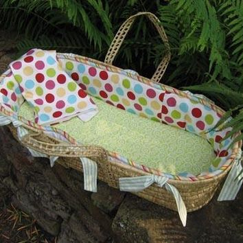 Avery Moses Basket