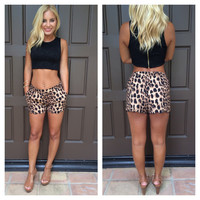 Into The Wild Scallop Shorts