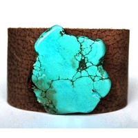 Jewelry Junkie Women's Chunky Turquoise on Dusty Brown Leather Cuff