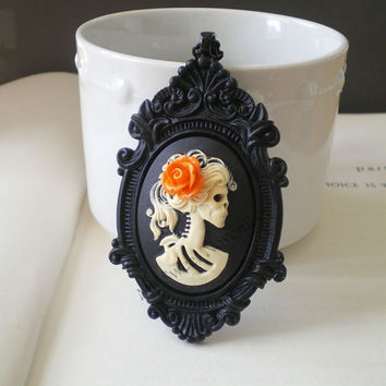 Halloween Skeleton Necklace. Gothic Wedding. Cameo Pendant. Halloween Costume Jewelry. Skull Jewelry. Gifts Under 25.