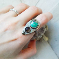 Royston turquoise & Apache tear primitive oxidized sterling silver cocktail ring, iron pyrite matrix, natural blue, artisan jewelry, size 7