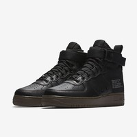 Nike SF Air Force 1 Mid Men's Shoe. Nike.com