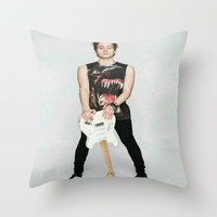luke on teen now Throw Pillow by kikabarros