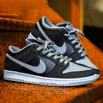 Nike SB Dunk Low J-Pack Shadow New fashion hook couple running shoes