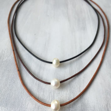 Multi String freshwater pearl necklace, leather and pearls, pearls on leather, pearl necklace, freshwater pearl necklace, pearl, pearls