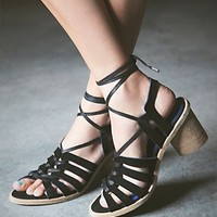 Jeffrey Campbell + Free People Womens Lock and Key Heel - B