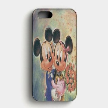 Vintage Mickey Mouse And Minnie Mouse iPhone SE Case