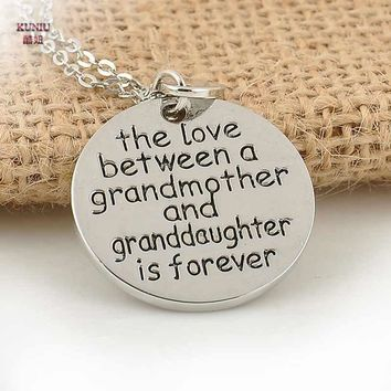 KUNIU 1Piece The Love Between Grandma and Granddaughter Necklace Pendant Jewelry Family Gift