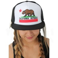 California Republic Flag Flat Bill Snapback Mesh Truckers Cap