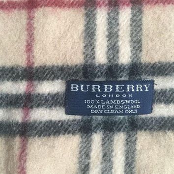 VONEA7H Burberry Ladies Wool Scarf