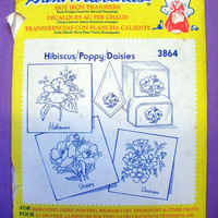 "Aunt Martha's ""Hibiscus, Poppy, Daisies"" Hot Iron Transfer Pattern 3864 for Embroidery, Fabric Painting, Needle Crafts"