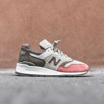 DCCKGQ8 DCCKGQ8 new balance 997 bone sunset