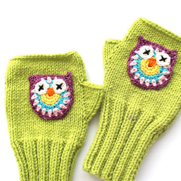 Owl Hand Knit / Fingerless Gloves in LİGHT GREEN / Boys And Girls / Winter Fashion . Trending items