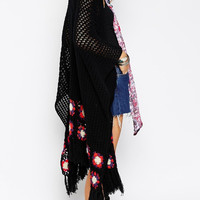 Black Crochet Floral Loose Knitted Tassle Cape