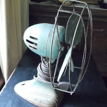 Vintage Desk Fan Table Top Dominion Green Rusty Industrial