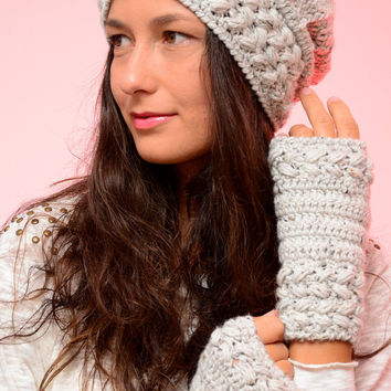 Crochet light gray hat and mittens, merino blend beanie hat and mittens, winter wool hat and mittens, winter fashion set of hat and mittens