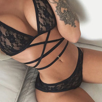 Sexy Black Hollowed Out Underwear Bra Strappy Lace Lingerie Set Gift