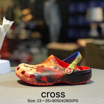 Cross Tunnel shoes Baotou thick bottom antiskid and cool towed orange black kid beach shoes sandals