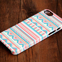 Pink and White Ethnic Aztec 3D-Wrap iPhone 5S Case iPhone 5 Case iPhone 5C Case iPhone 4S Case iPhone 4 Case iPhone 6 Rubber Case