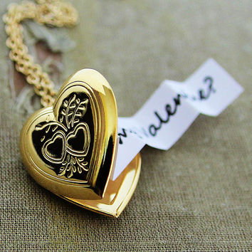 Valentines Heart Locket - Secret Message Locket - Shiny Gold Edition - Customized with your personal message
