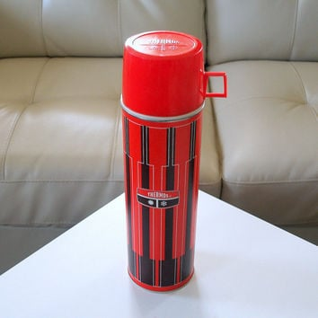 RED RETRO THERMOS Large Tall & Clean Vintage Mid Century Red and Brown 50's Retro Geometric Stripe Pattern Hot and Cold