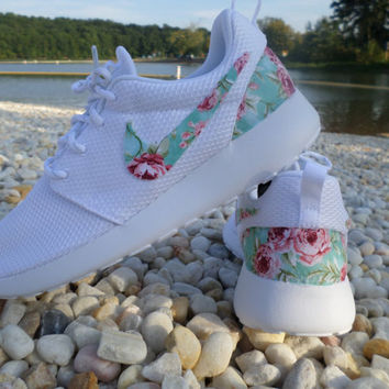 "Custom Nike Roshe Run  ""White/White Floral"""