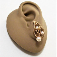 Marvella Pearl Leaf Clip On Earrings Gold Tone Vintage Twisted Open Rib Round Nail Heads Comfort Adjustable Screwback