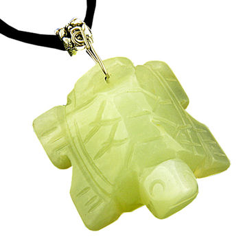 Good Luck Talisman Lucky Turtle Light Green Serpentine Pendant Necklace