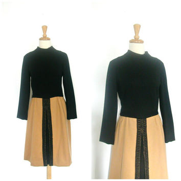 1960s Dress / 60s mod dress / two tone / wool dress / midi / winter fashion / color block / mad men / medium