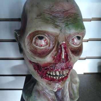 ZOMBIE BUST FIBERGLASS Walking dead Fan Handmade Horro Living Dead