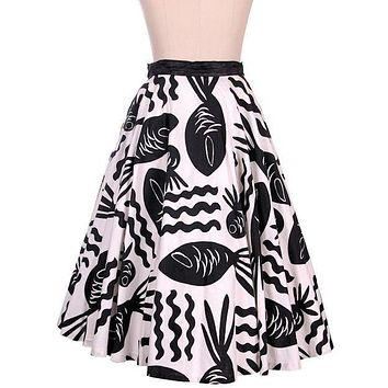 Vintage Cotton Circle Skirt Black & White Bold Whimsical Fish Print 1950s 26 Wais