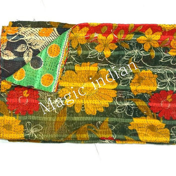 Vintage Kantha Quilt, Reversible Sari Throw, Handmade Sari Throw Blanket, Vintage Sari Quilt, Cotton Sari Ralli Gudari, Indian Quilt