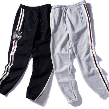 Yeezus New Fashion vintage college side striped Men's Sports Pants Male hip hop Trousers Mens Joggers Solid Pants Sweatpants