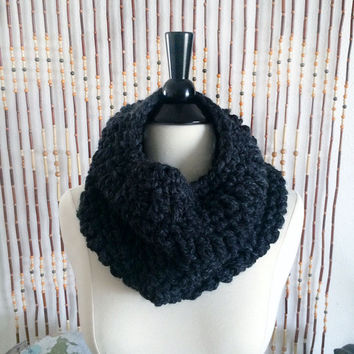 FREE SHIPPING - Crochet, Cowl, Infinity, Scarf - Unisex, Mens, Womens - Charcoal Gray