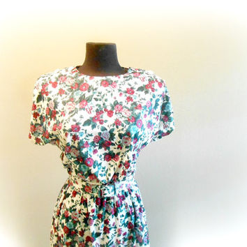 Floral Print Dress Belted Short Sleeve Dress SIZE Small / Medium