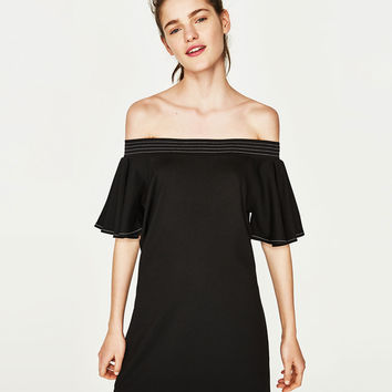 FRILLED DRESS WITH TOPSTITCHING DETAILS