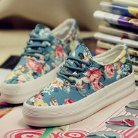 Women Flower Print Canvas Shoes