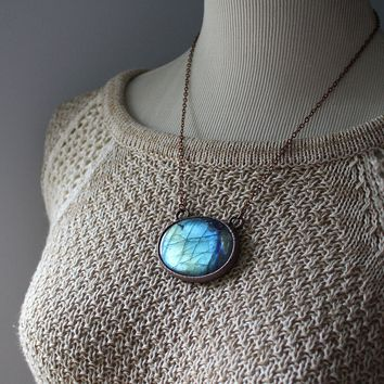 Noor - Labradorite Oval Electroformed Copper Necklace