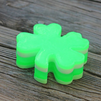 St Patrick's Day Soap, Irish soap, Celtic Soap, Irish Gift, Green Soap, Glycerin soap, handmade soap, party favors, clover, lucky, novelty