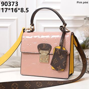 LV 2019 new female classic old flower embossed logo handbag shoulder bag pink