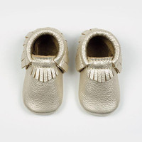 FRESHLY PICKED PLATINUM SOFT SOLE MOCCASINS