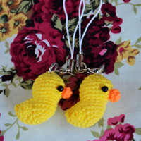 Set of 2 Little Ducks Amigurumi / Crochet Doll Cell Phone Charm with Black Beads Eyes // Petit, Mini, Miniature Craft