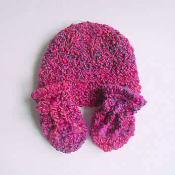 Newborn Pink Mittens Baby Girl Hat Set Infant Winter Cap Thumbless 0 - 3 Months Old Bright Rose Beanie Children Clothing