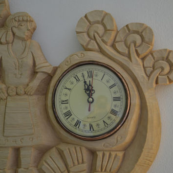 Wood carving, ''woman in traditional costume'' wall clock,Wood Art ,handmade,gift,Art4U-in stock