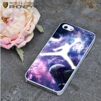 CREYUG7 Michael Jordan In Galaxy Nebula iPhone 5|5S Case|iPhonefy