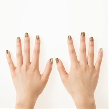Golden Stripes Nail Coverings