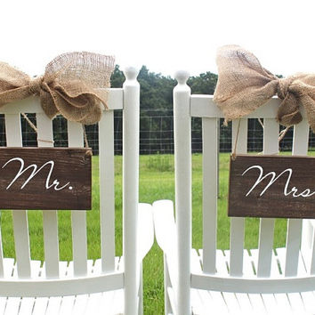 Mr. and Mrs. Wooden Signs with Burlap Bow / Set of Two / Chair Signs or Photo Props