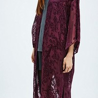 Pins & Needles Burnout Kimono in Burgundy - Urban Outfitters