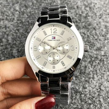 Tommy New fashion couple watch wristwatch Silver